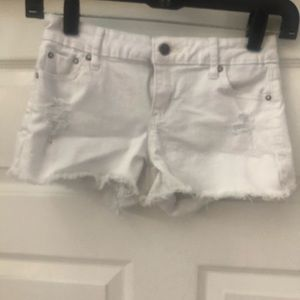 GIRLS TRACTR WHITE DENIM DISTRESS SHORTS SZ 12 ⭐️